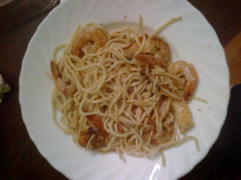 Noodles z krewetkami