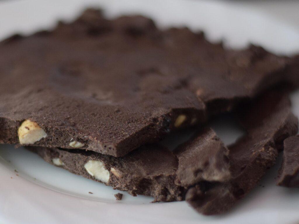 Ketolada – ketogeniczna czekolada wysokobiałkowa
